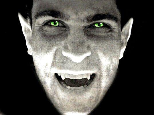 Чому осиковий кіл вбиває вампірів
