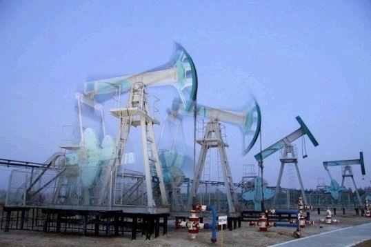 Чому падає ціна на нафту