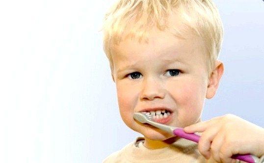 Чому у маленької дитини псуються зуби