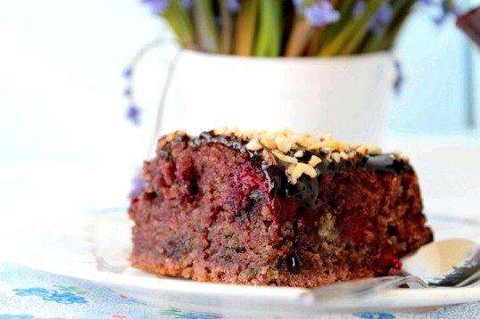 Пісний пиріг з ягодами