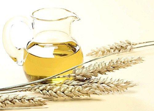 Застосовуємо масло зародків пшениці від розтяжок при вагітності