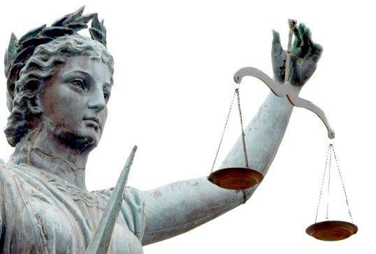 РОЗГЛЯДУ справ у суді при подачі зустрічного покличу