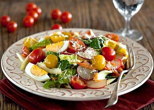 Рецепт різнобарвного овочевого салату