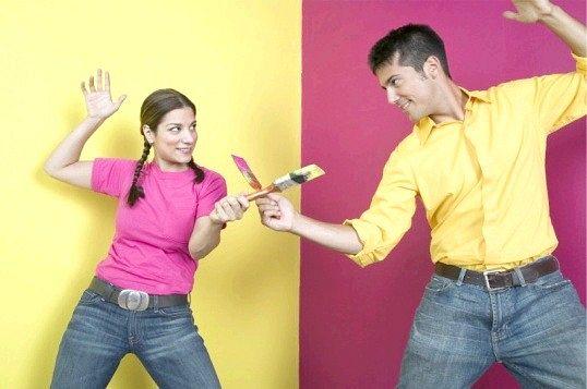 Ремонт у квартирі: робити самостійно або найняти робітників?