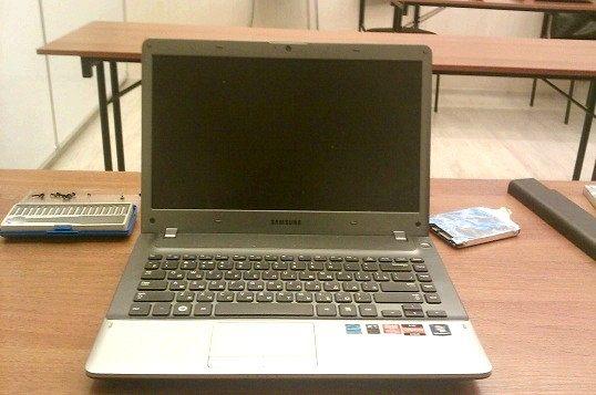 Керівництво по розбиранню ноутбука samsung np355v4c