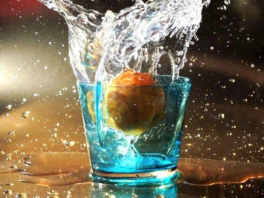 Скільки пити води для лікування набряків