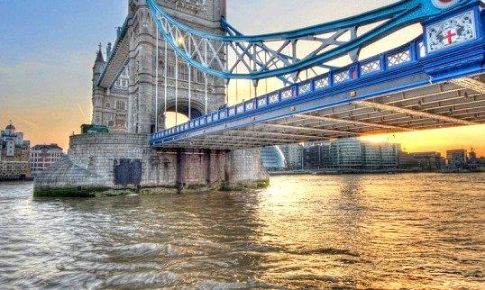 Скільки річок протікає в англии