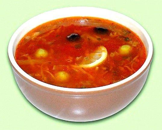 Солянка з грибами (вегетаріанське блюдо)
