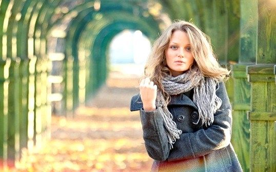 Порада 1: як носити шарф з пальто