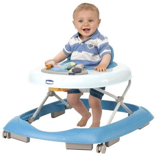 Порада 1: коли дитину можна садити в ходунки