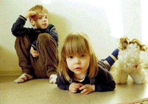 Чи варто розкривати прийомним дітям таємницю усиновлення