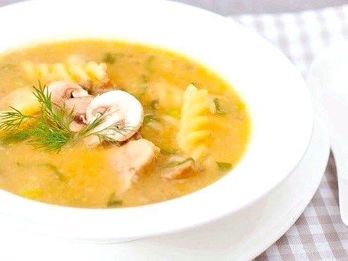 Гарбузово-грибний суп з фузіллі