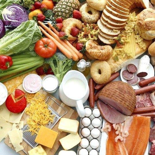 У яких продуктах міститься найбільше білків
